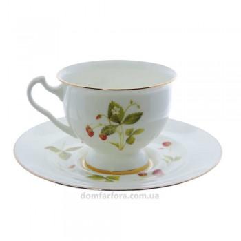Чашка с блюдцем форма Айседора рисунок Земляника