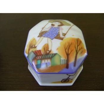 Туалетная коробочка форма «Граненая» рисунок «Август»